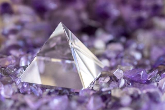 ピラミッドの謎はまだ解明されていない~フランス人たち