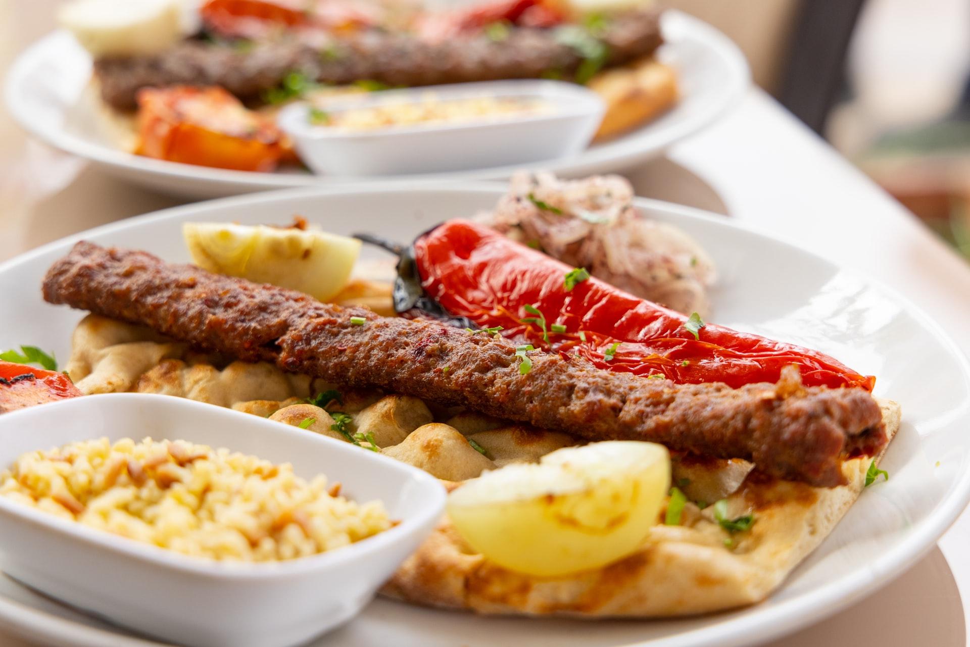 エジプト料理~エジプト風ハンバーグ「コフタ」